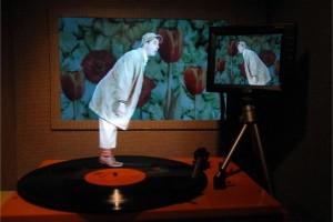 Petit travelling printanier, hommage à Jacques Tati (2010).